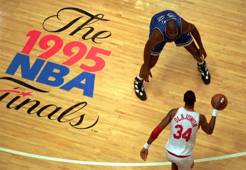 El arte del engaño en el baloncesto