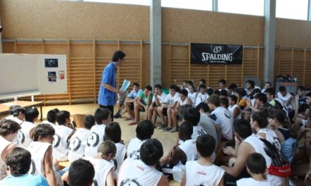 """Día 7. Charlas Campus JGBasket. Juanjo Hernández Liras: """"Disfrutad donde estéis y soñad con lo que tenéis, porque así ganaréis a lo que aspiráis"""""""