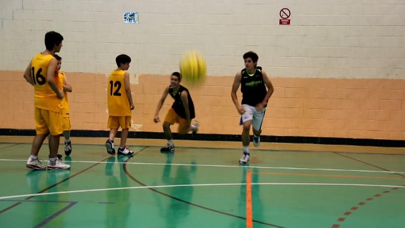 Fotos. Circuito ejercicios baloncesto. Agilidad, velocidad de reacción, preparación física y tiro. Día 8. Campus JGBasket 2013