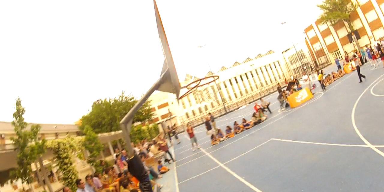 El viaje de los Telerín. Una historia de familia, grandezas cotidianas y pasión por el baloncesto.