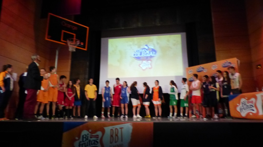 Video JGBasket: Gala de presentación Copa Colegial Madrid 2015. Colegio Alameda.