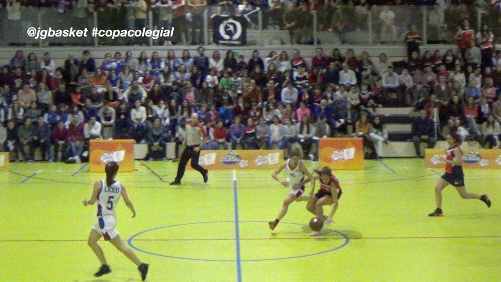 Video: Final femenina Copa Colegial Madrid 2015. Liceo Francés vs Corazonistas. Resumen extenso