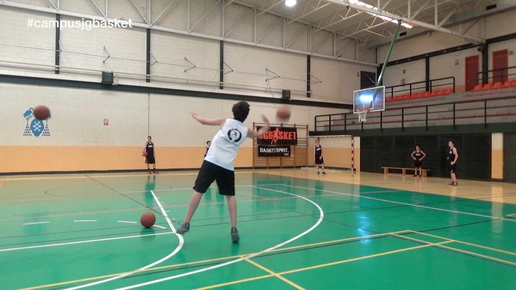 ¿Cuál es tu favorita? Colección de canastas imposibles. Campus JGBasket 2015. 3er turno.