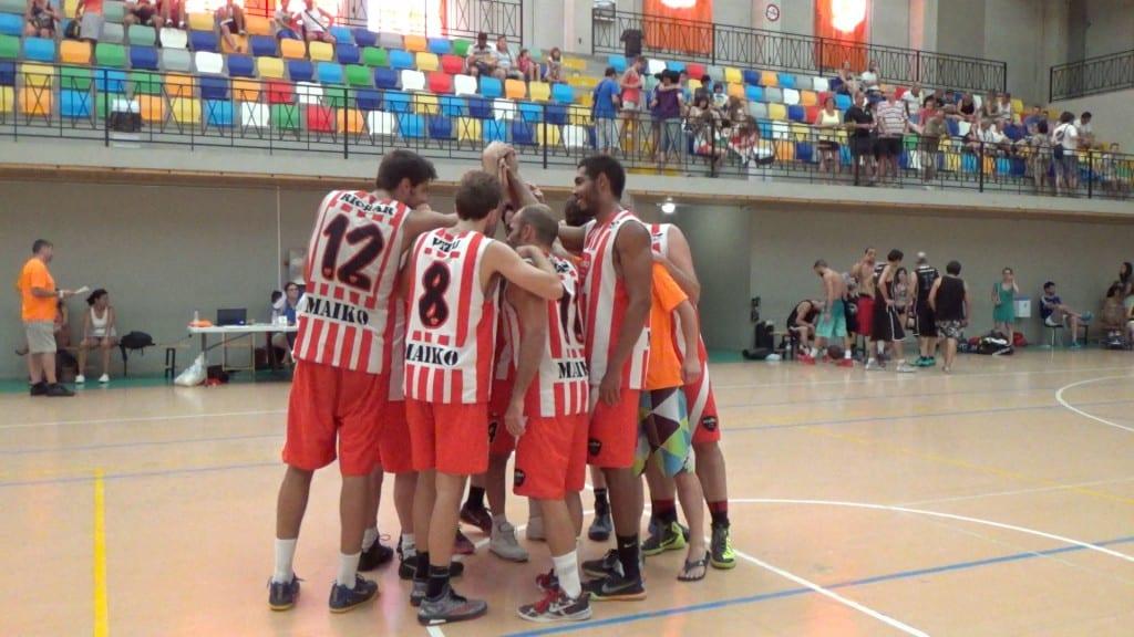Video final: III Torneo 32 horas de baloncesto de Trillo. Maiko vs Batusis. Resumen extenso