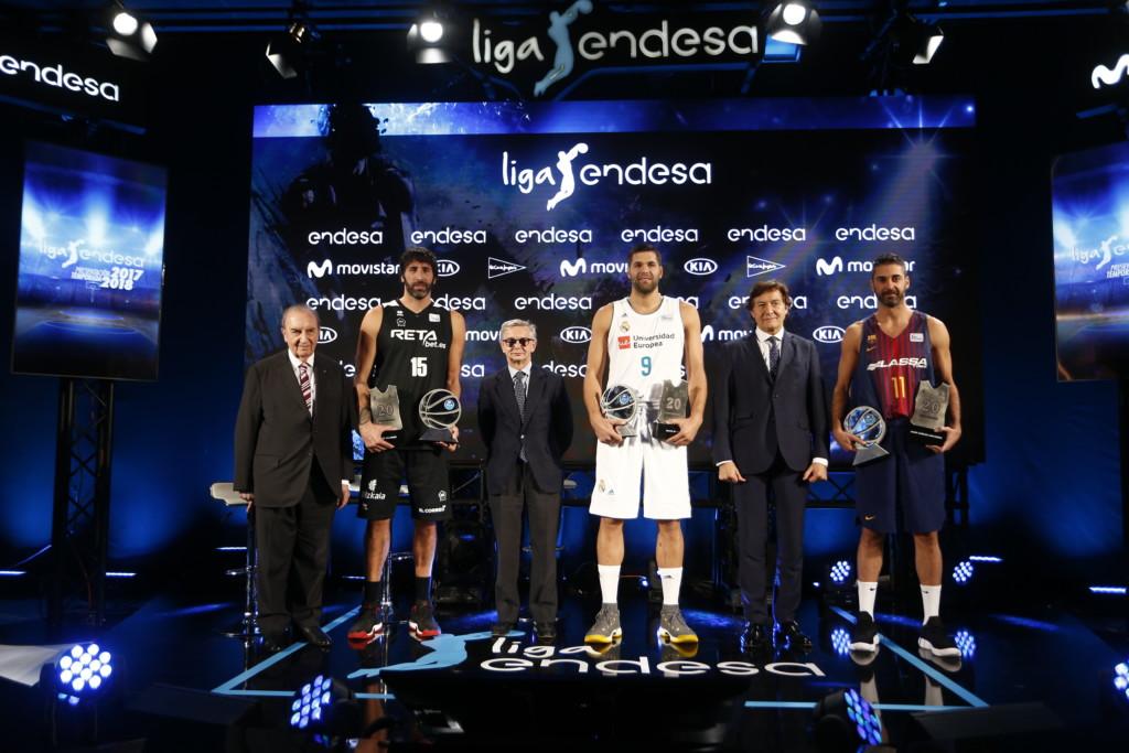 Homenaje a Mumbrú (21), Navarro (20) y Reyes (20), homenajeados con el Premio Endesa 2017 por su sólida y longeva trayectoria en la Liga Endesa