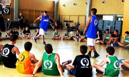 Dawizard y Mario García, exhibición freestyle Campus Baloncesto JGBasket