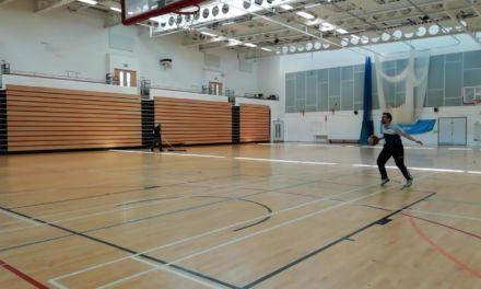 3. Finta de tiro, primer dribbling dentro-fuera lento, cambio de ritmo lateral (traspiés), 1 bote más, parada en dos tiempos y tiro. CP Basketball Moves