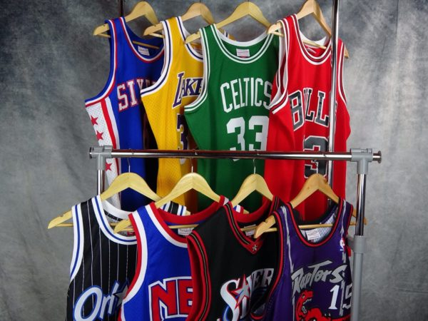 Top mejores camisetas Swingman Hardwood Classic NBA retro. 2021. Venta online España. www.basketspirit,com